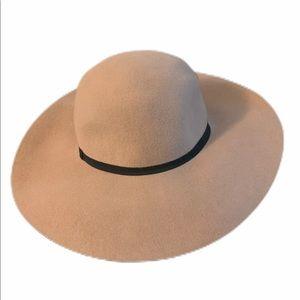 Express women's floppy hat